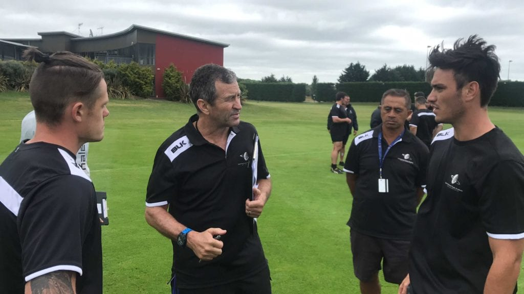 Wayne Smith coaches on our High Performance Players Course